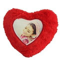 heart-shape-fur-personalized-pillow-250x250